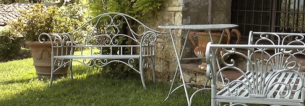 Campoalsole oggetti in ferro ghisa arredamento da for Oggetti da giardino
